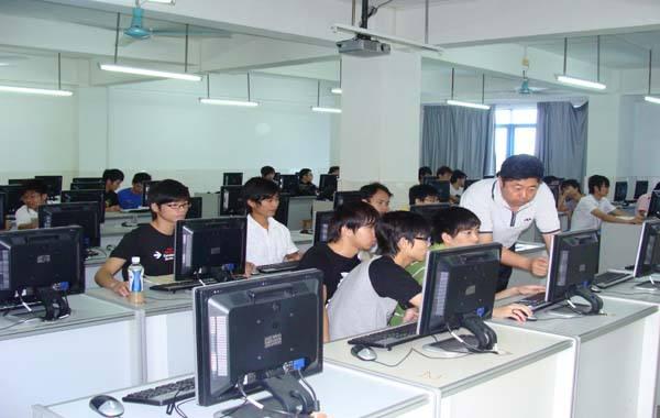 2-计算机应用与网络技术图片.jpg